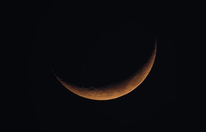 0-neu-mond-new-moon-1146006_1280
