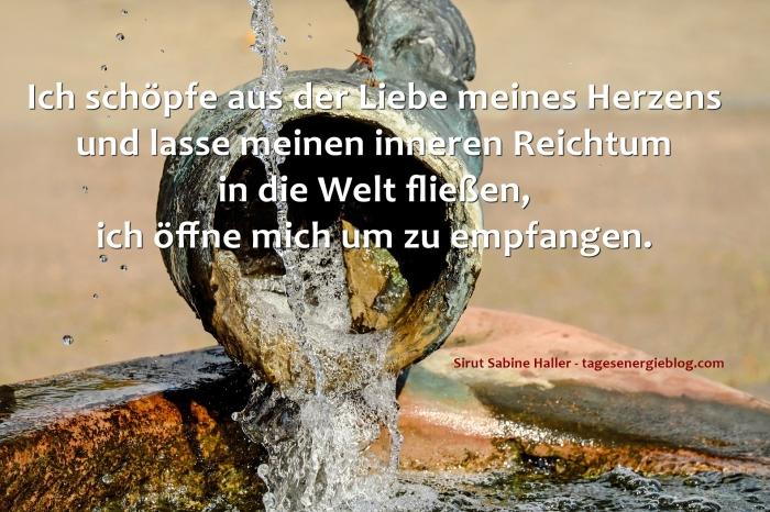 12-7-fountain-1658427_1920
